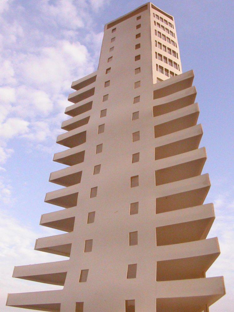 MAQUETA 3D: Torre de ApartamentosdeCullera (3/5)