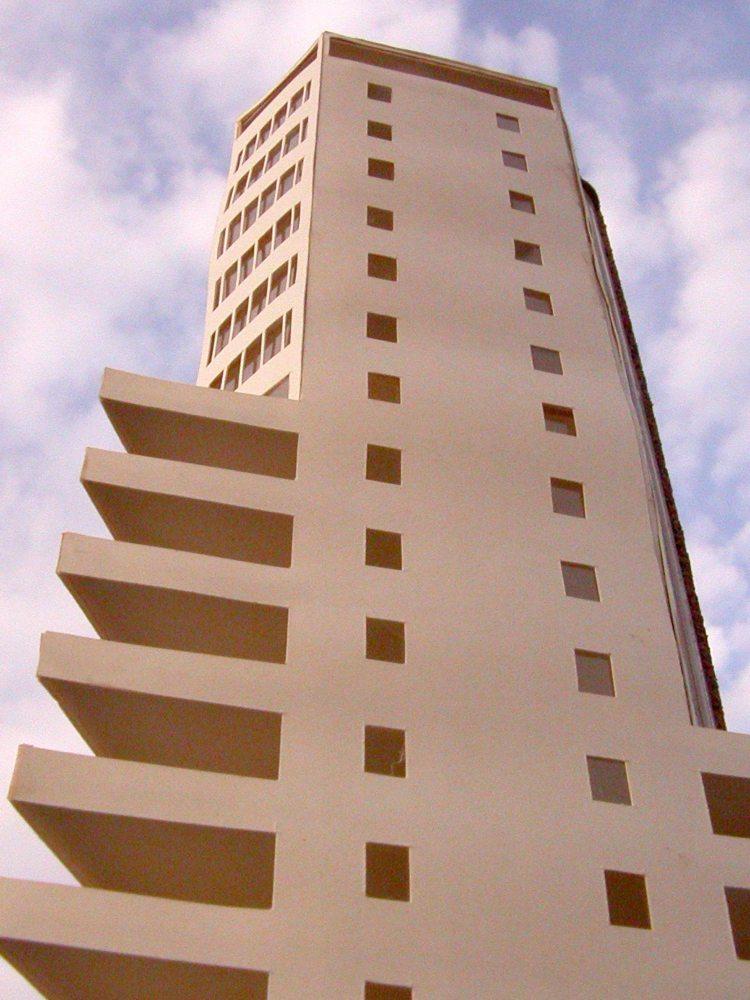 MAQUETA 3D: Torre de ApartamentosdeCullera (4/5)